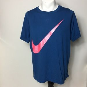 Nike shirt men's Graphic Tee giant Swoosh Logo XL